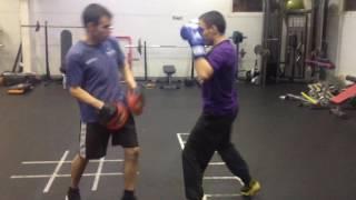 Изучение приёмов бокса(, 2016-12-21T13:11:47.000Z)