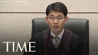 Video South Korea's Former President Has Been Sentenced To An Additional Eight Years In Prison | TIME download MP3, 3GP, MP4, WEBM, AVI, FLV Juli 2018