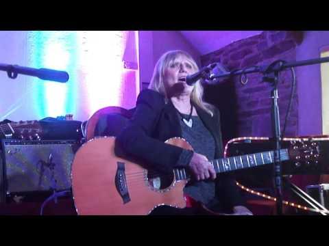 Heather Jones - Live at Laugharne Festival