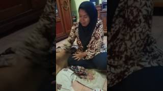Download Video Ibu Tukang Urut Latah Jorok (tonton sampe selesai) MP3 3GP MP4
