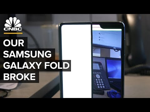 Our Samsung Galaxy Fold Broke After Two Days
