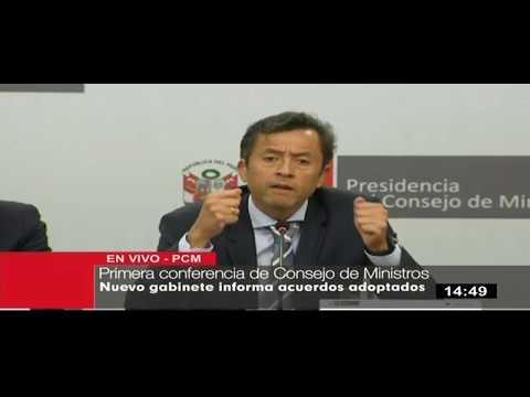 Ministro de Economía señala que para crecer 5% hay que cortar gasto superfluo