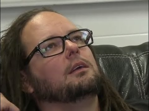 Korn's Jonathan Davis issues statement on the passing of his wife Deven Davis