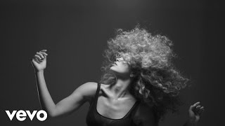 LION BABE - Treat Me Like Fire (visual #2)