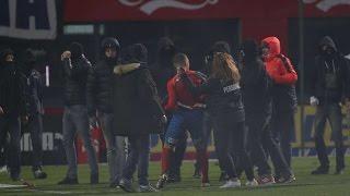 JORDAN LARSSON ATTACKERAD AV FANS | 2016-11-20 kvalmatch mellan Helsingborg och Halmstad