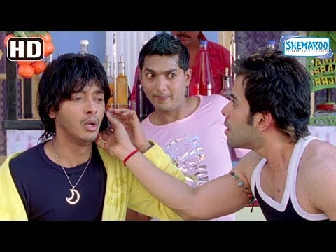 Funny comedy scene of Tusshar Kapoor & Shreyas Talpade from Golmaal Return [2008] - Ajay Devgn