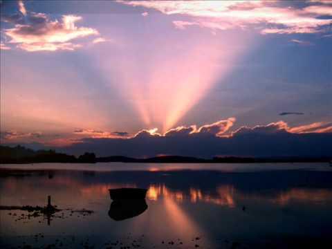 The Alan Parsons Project -Sirius-Eye In The Sky Lyrics