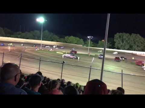 Wingless sprint cars at creek county speedway 6-14-18