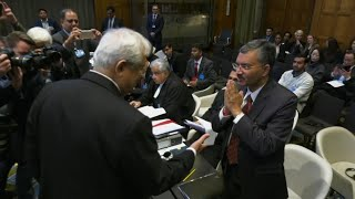 Indian diplomats refuse to shake hands with Pakistani counterparts at ICJ