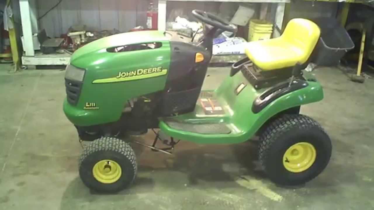 Lot 1793a John Deere L111 Auto Lawn Tractor Tear Down