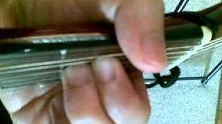 e minor chord finger positions