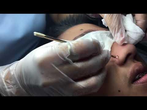 Massage Customer Gets Facial for the First Time!из YouTube · Длительность: 2 мин21 с