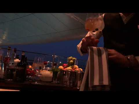 gin trolley jumeirah etihad towers