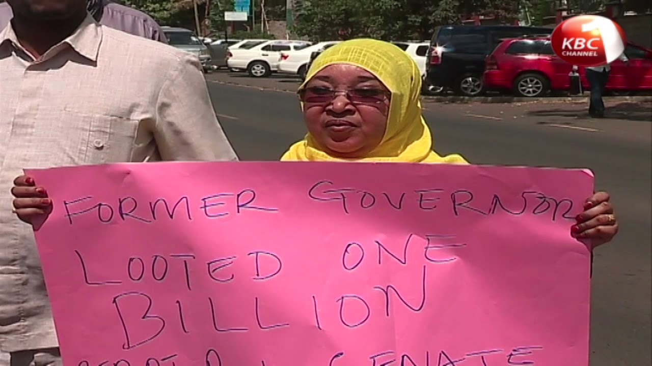 Wajir residents petition EACC to fully probe former governor