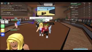 Gaming with Caitlin! Roblox- Epic Mini Games w/ friends