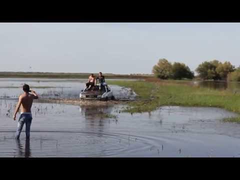 Audi 100 Покоряет водоемы!!!