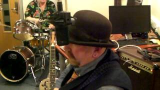 Struggle Buggy on The Blues Show   Black Hearted Woman