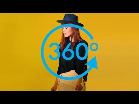 Baixar Cristina Valentina - Wake Me Up (Peru360) - VR Video