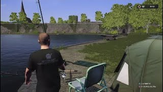 Euro Fishing MOAT WELCH CASTLE My First Fish ;)