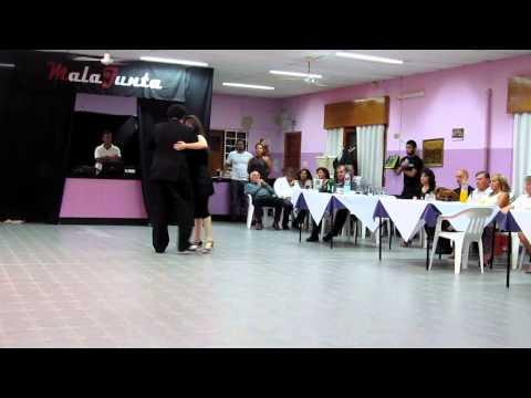 Pablo Pezoa y Benita Gonzalez bailan en MalaJunta.Milonga (10-03-2013)