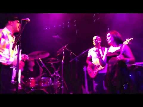 "TOM BROWNE & WHAT THE FONK "" FUNKIN' FOR JAMAICA "" LIVE @ THE PARADISO"