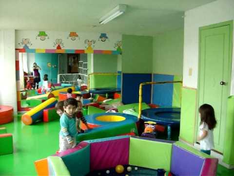 Dia de los ni os gimnasio infantil escenario youtube - Imagenes de gimnasio ...