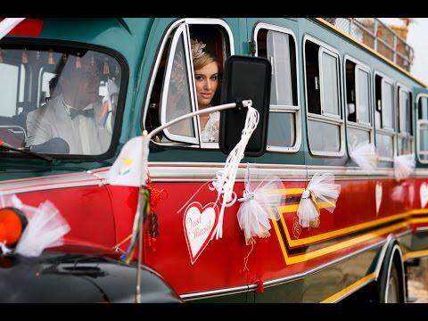 Dream Bus meaning. Dream Bus interpretation. Autobus dreambook