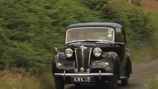 Lanchester LD10 drives to Pennal, Gwynedd - Lanchester LD10 yn gyrru i Bennal, Gwynedd