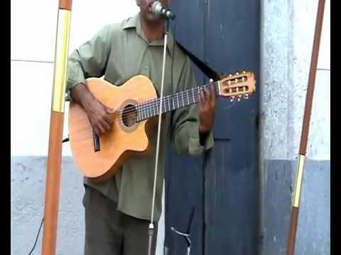 Cuban Musician guitar singer VACILON QUE RICO VACILON