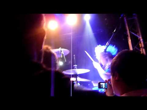 Blood Red Shoes - Keeping It Close (New Song) Flèche d'Or 09/12/09