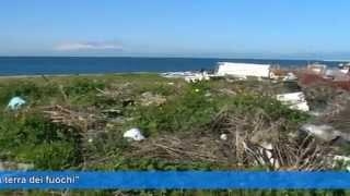 Melito, discarica abusiva sulla spiaggia: Un serio pericolo