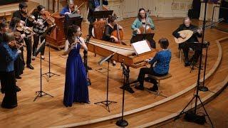 Bach: BWV 1067 Suite No. 2 - Badinerie - Emi Ferguson & Voices of Music, original instruments 8K
