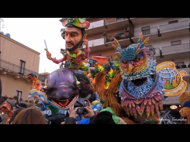 Carnevale di Acireale 2015   PAPA NOSTRUM