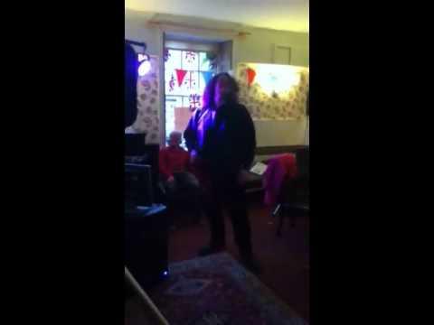 Aaron Leadley destroying karaoke competition