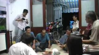 Lâu Đài Tình Ái (Trần Thiện Thanh) on Guitar