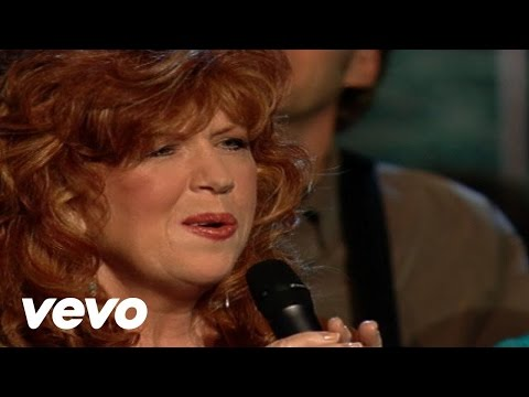 Cynthia Clawson - Hear the Voice of My Beloved [Live]