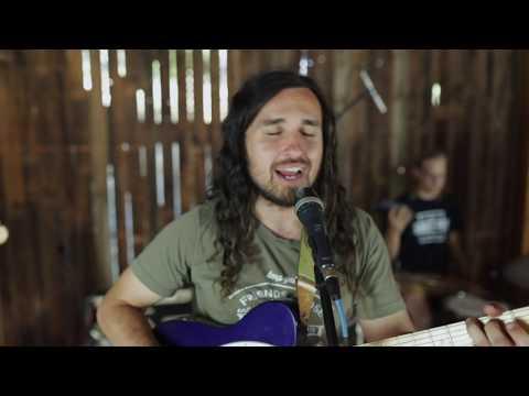 Próxima Parada – The One Inside (Whale Rock Barn Sessions)