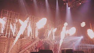 """2019年7月リリースのアルバム「IGNITE」を引っ提げた全国ツアー 「KAT-TUN LIVE TOUR 2019 IGNITE」よりマリンメッセ福岡公演の模様を中心に収録。 """"火""""をテーマに ..."""