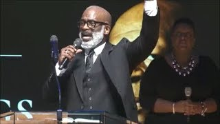 Watch Bebe Winans Stand video