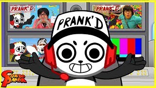 BEST PRANKS ON RYAN'S PARENTS & THE STUDIO SPACE! Prank'd with Combo Panda