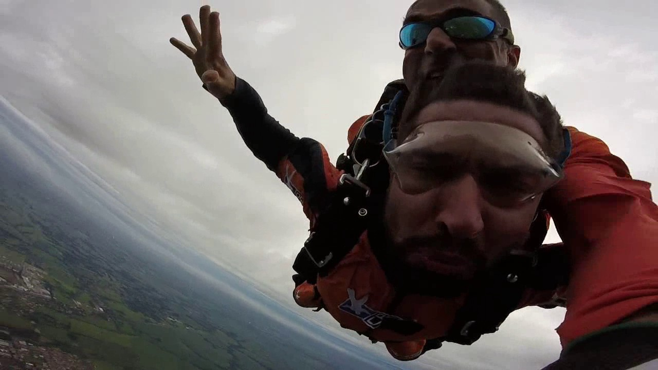 Salto de Paraquedas do Jefferson na Queda Livre Paraquedismo 21 01 2017