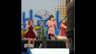 [FANCAM] 110421 IU - You Know@Samsung Galaxy Nano City concert