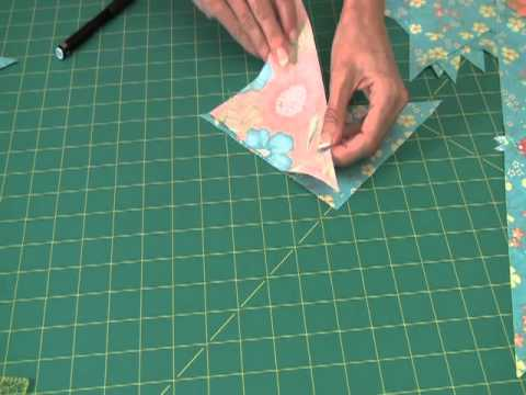 Sew Easy Piecing Quarter Square Triangle Borders Youtube