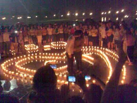 Tỏ tình XIN LỖI rất lãng mạn ở Công Viên Hòa Bình 2012