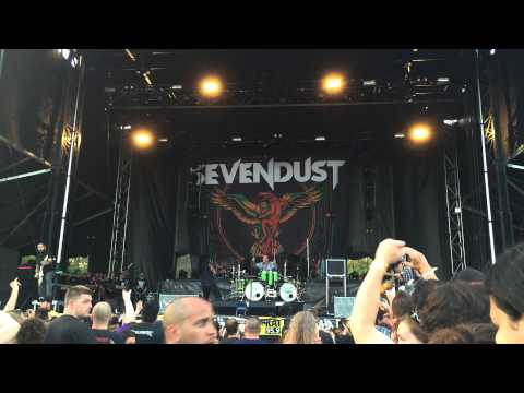 2015.09.19 Sevendust (live concert - 30 minutes only) [Food Truck And Rock Carnival]