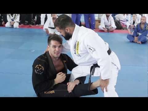 Seminário Michael Langhi Jiu-Jitsu na Alliance Juventus Drills e Conceito da Guarda Aranha