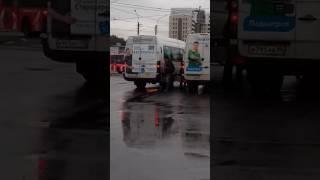 Драка водителей маршруток 10.09.16 М.Старая деревня