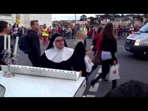 Nun on the piano (run)
