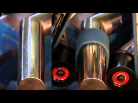Видалення подряпин на трубах з нержавіючої сталі: стрічкова шліфмашина RBE 12-180