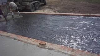 Пол по грунту в цоколе. Заливка пола в цоколе бетоном(Процесс заливки пола в цоколе бетоном. http://stroyprogress31.ru/, 2016-08-05T13:57:19.000Z)